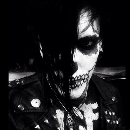 motionless-in-white-chris-motionless-as-michale-graves-of-the-misfits