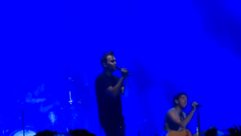 all-time-low-tidal-waves-feat-mark-hoppus-live-in-los-angeles-5-3-15