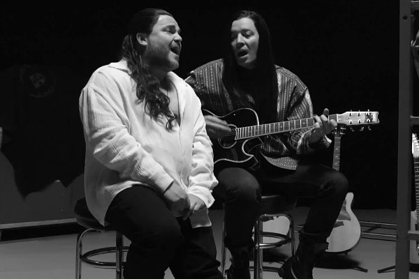 jimmy-fallon-jack-black-remake-extreme-s-more-than-words-music-video