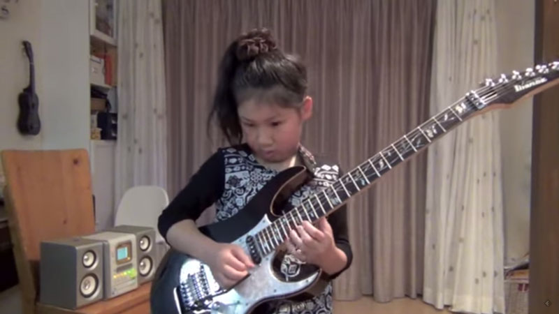 this-10-year-old-japanese-girl-will-make-you-want-to-quit-guitar