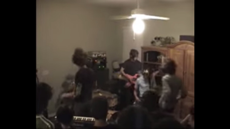 chiodos-living-room