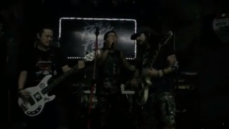 robb-flynn-machine-head-jams-with-thai-metalcore-band-system-sucker-video