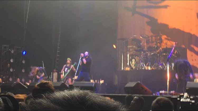 ozzfest-japan-2015-korn-1